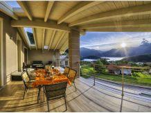 Ferienwohnung Panoramic in der Villa Camelia