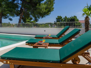 Holiday house villa Voga