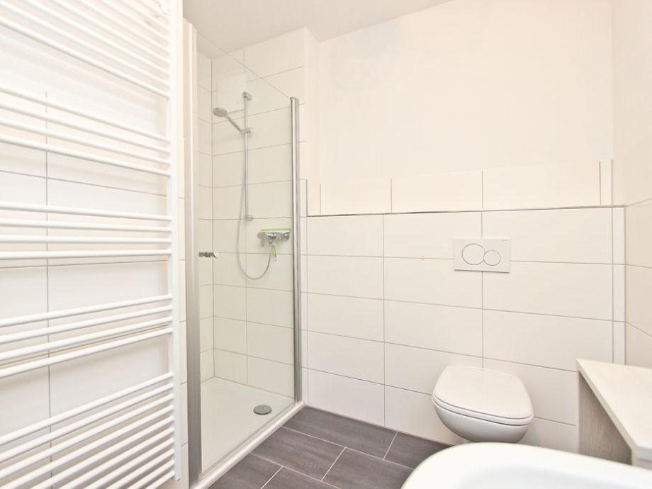 bodengleiche dusche kosten verschiedene. Black Bedroom Furniture Sets. Home Design Ideas