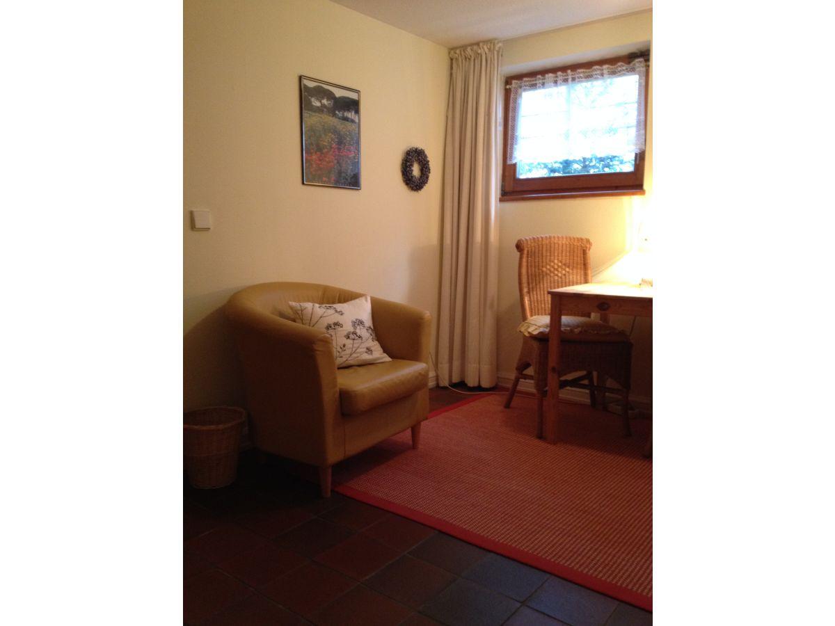 ferienwohnung urban berlin zehlendorf frau ursula urban. Black Bedroom Furniture Sets. Home Design Ideas
