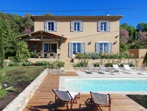 Modernes Ferienhaus mit Pool bei Lorgues