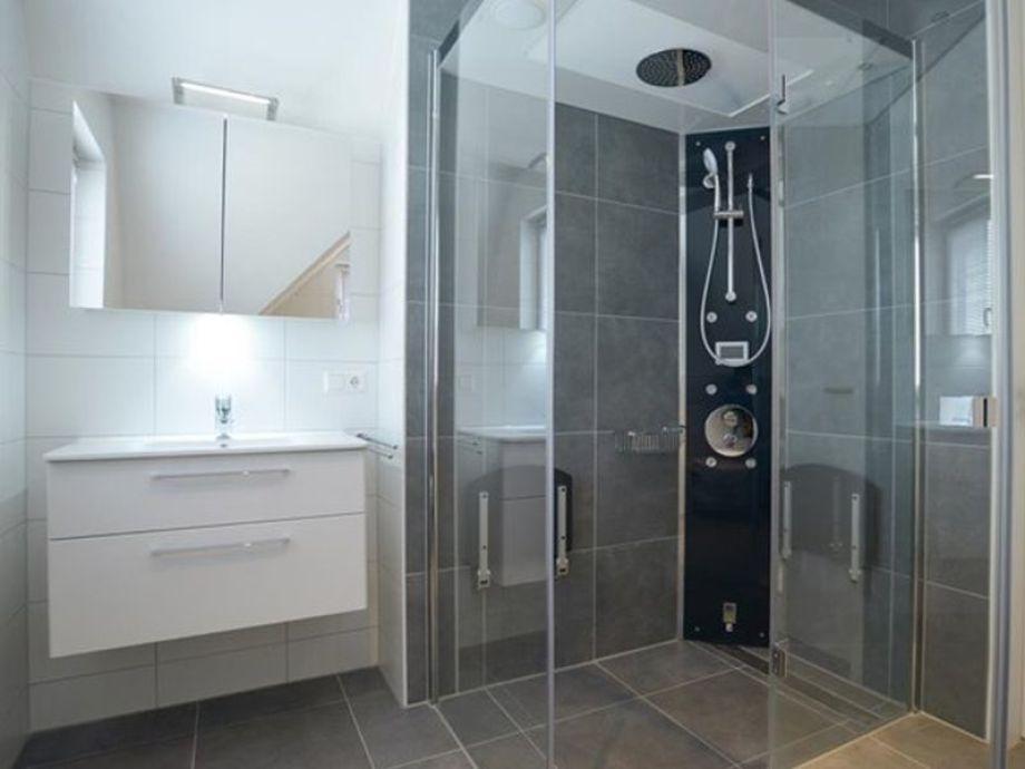 Badezimmer Dampfdusche | badezimmer mit dampfdusche