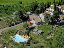 Ferienwohnung mit Pool in der Nähe von S. Gimignano
