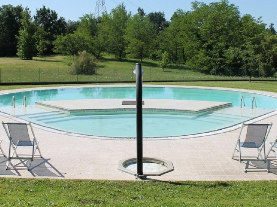 Außenaufnahme Cantina mit schönem Pool