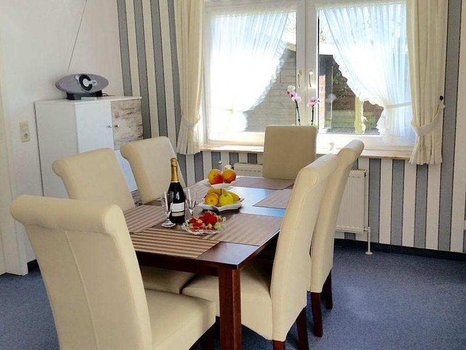 Ausstattung Ferienwohnung 6 in der Villa Kamp im Landhausstil