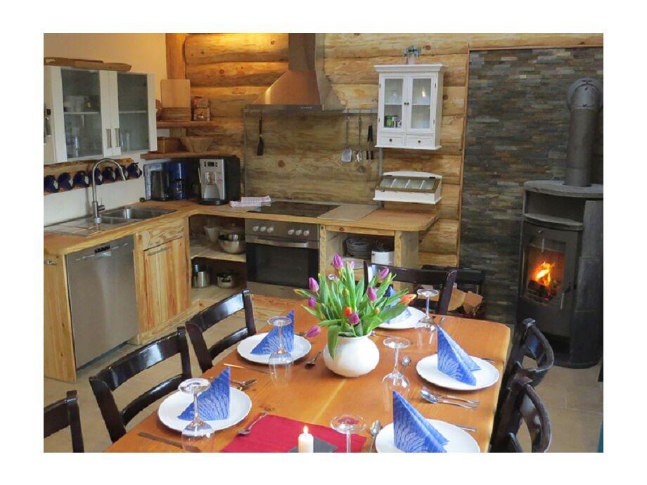 Küche mit Wohnbereich2