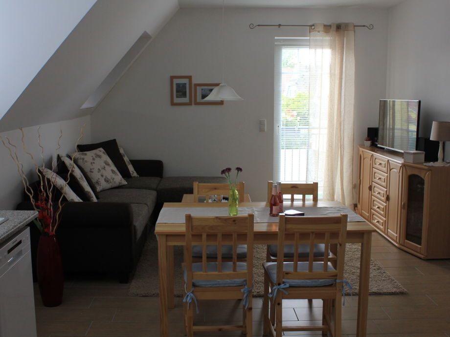 Wohnküche mit Schlafcouch/ Liegefläche 180 x 200