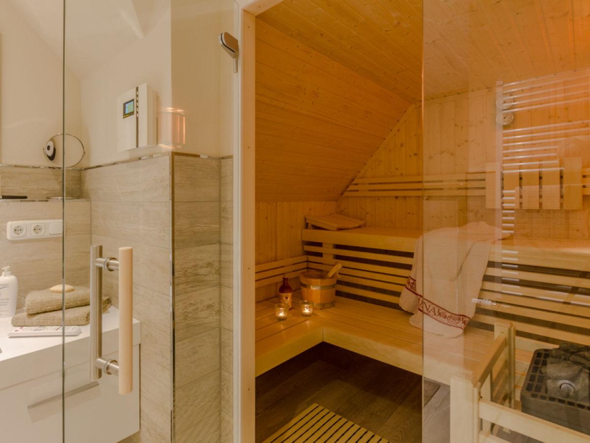 ferienhaus grosse kirr ostsee fischland dar zingst. Black Bedroom Furniture Sets. Home Design Ideas