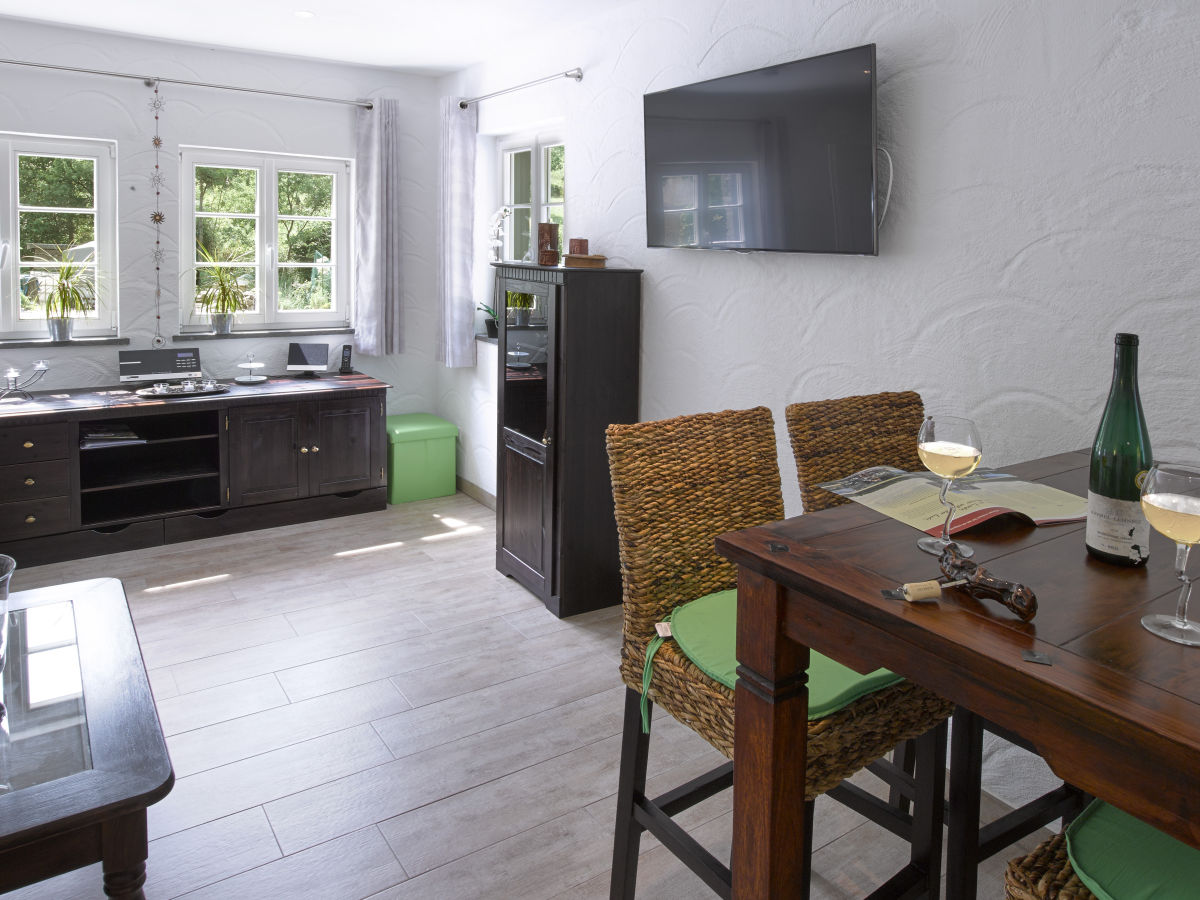 ferienwohnung im rhein mosel ferienhaus mosel herr jens. Black Bedroom Furniture Sets. Home Design Ideas