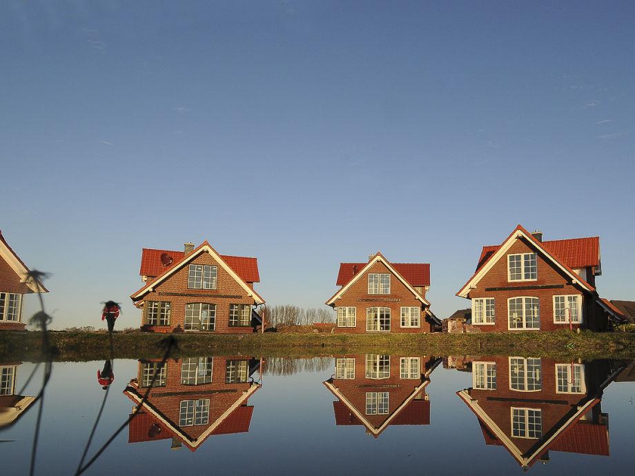 Das Wehldorf mit seinen Ferienhäusern um den Teich