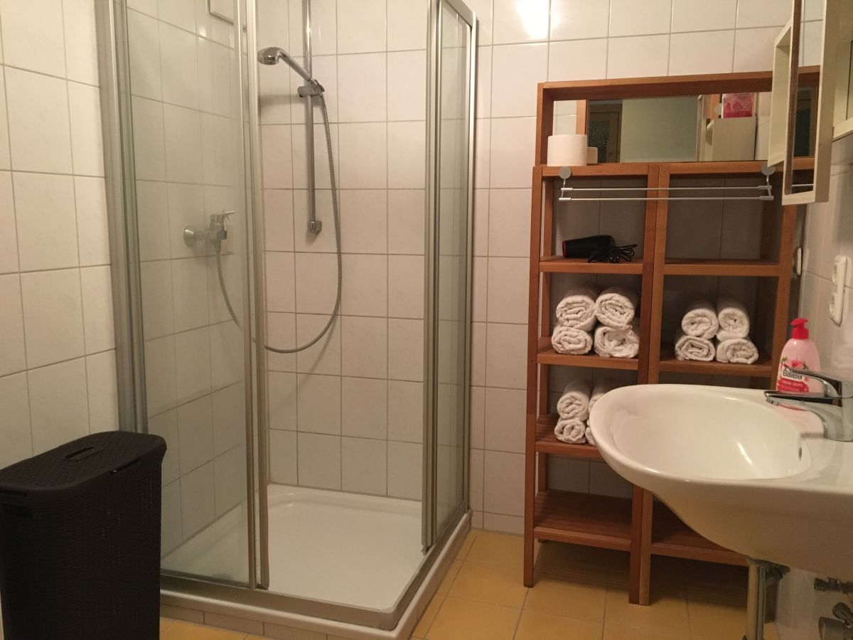 ferienwohnung heimhilger chieming chiemsee herr. Black Bedroom Furniture Sets. Home Design Ideas