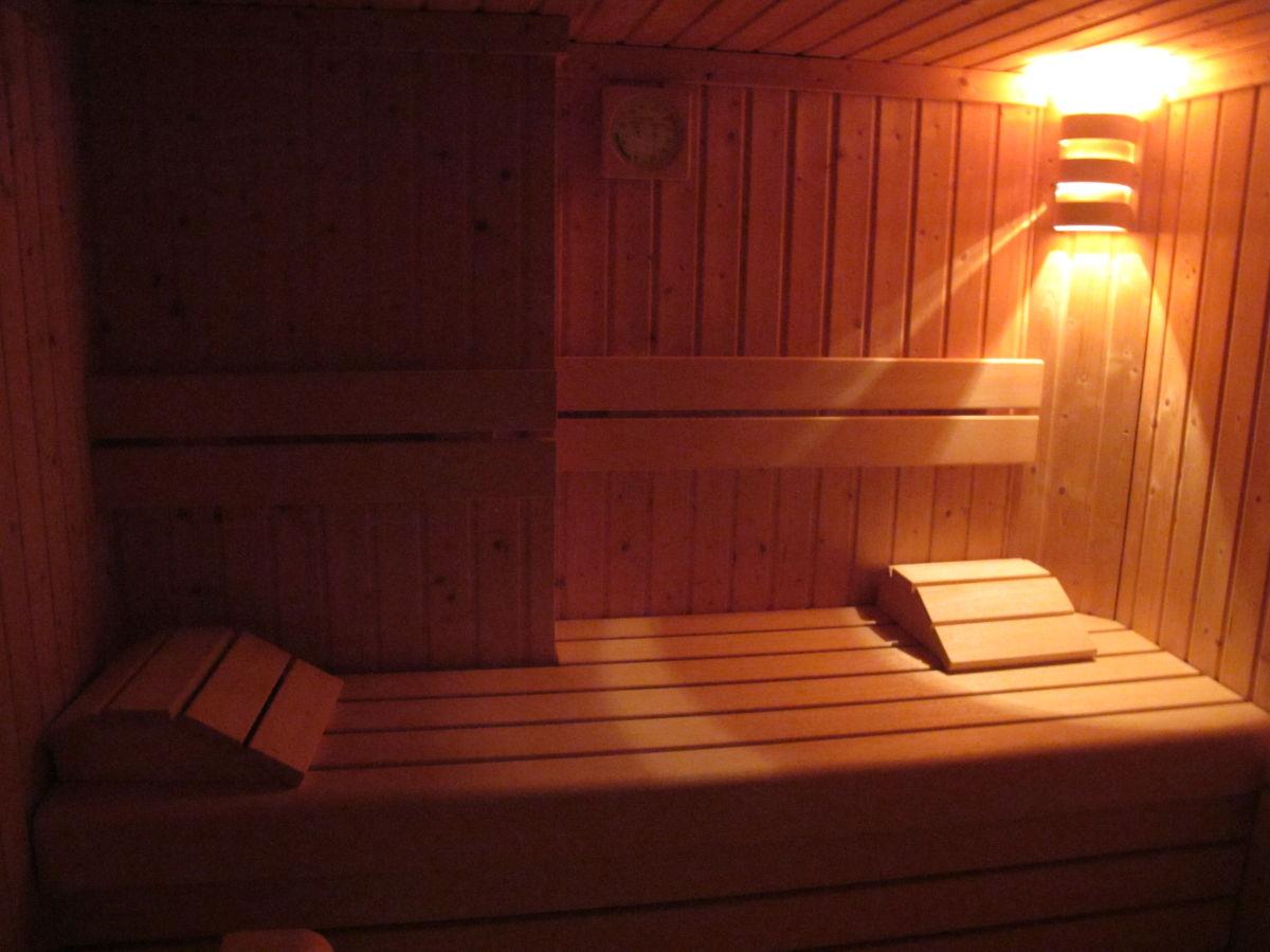 ferienwohnung westerhus nieblum frau kaja hollstein. Black Bedroom Furniture Sets. Home Design Ideas