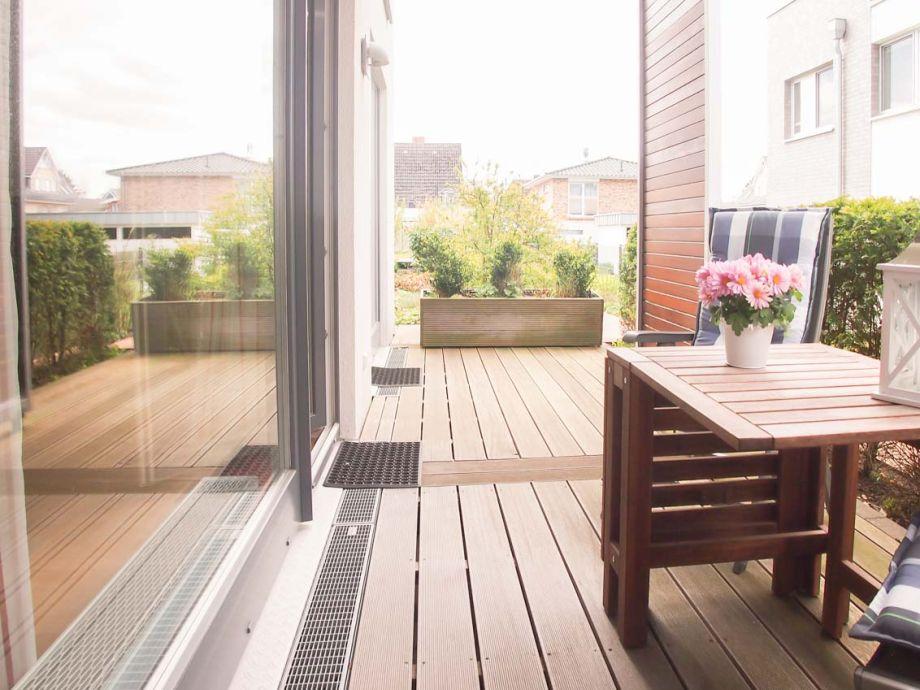 ferienwohnung wohnen am meer wohnung 2 ostsee. Black Bedroom Furniture Sets. Home Design Ideas