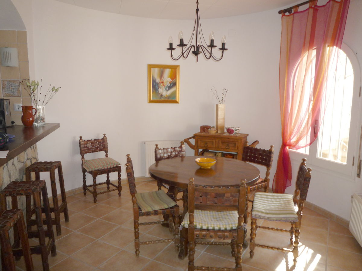 ferienhaus paradies 170 am kanal mit pool und turm costa. Black Bedroom Furniture Sets. Home Design Ideas