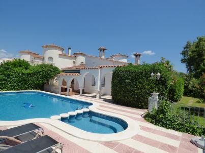 Paradies 40 mit Privat-Pool und Garten