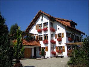 Holiday apartment Haus Carola