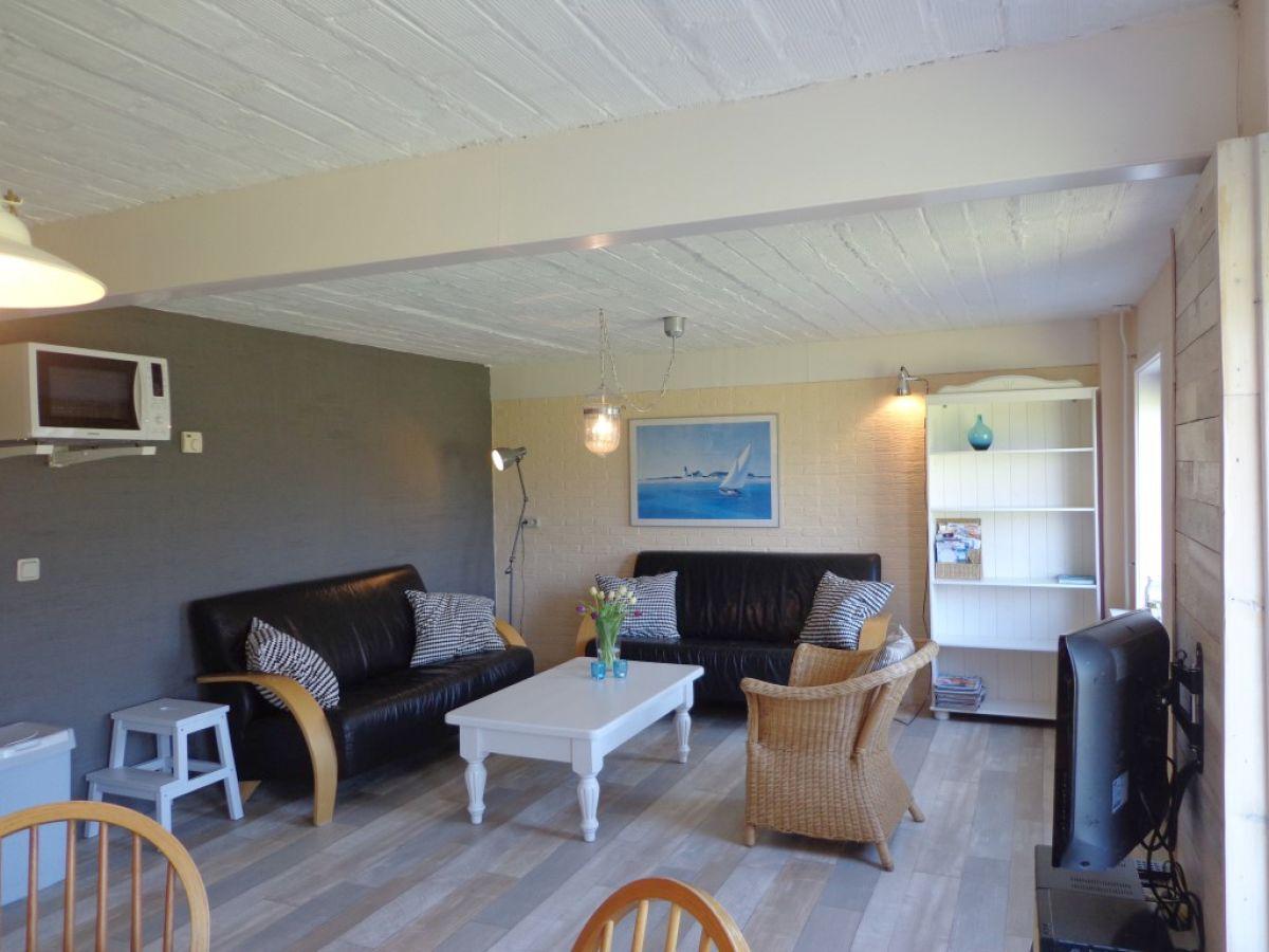 ferienwohnung westzicht bei hoeve frankendael den burg firma vakantiebureau texel frau. Black Bedroom Furniture Sets. Home Design Ideas
