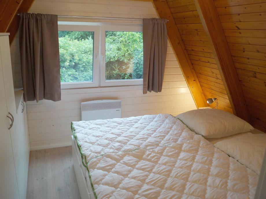 Wohnzimmer Mit Giebelfenster ~ Ciltix.com = Sammlung von ...