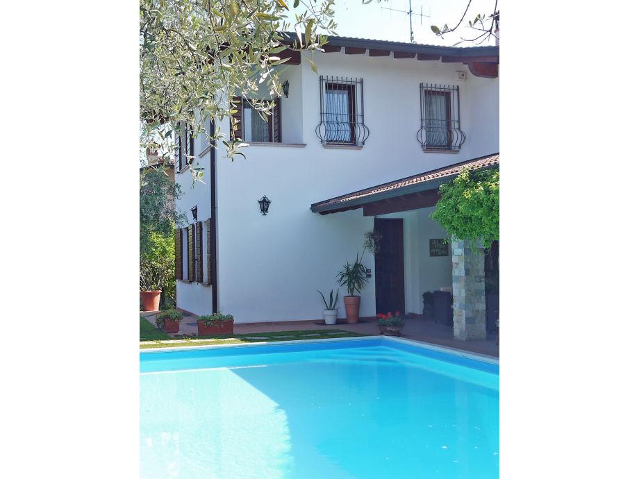 Pool mit Portico - Manerba Villa Lillo