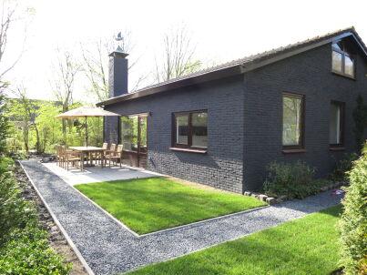 Geräumiges Landhaus mit großem Garten (OK108)