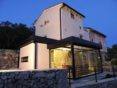 Planetarium House Eris
