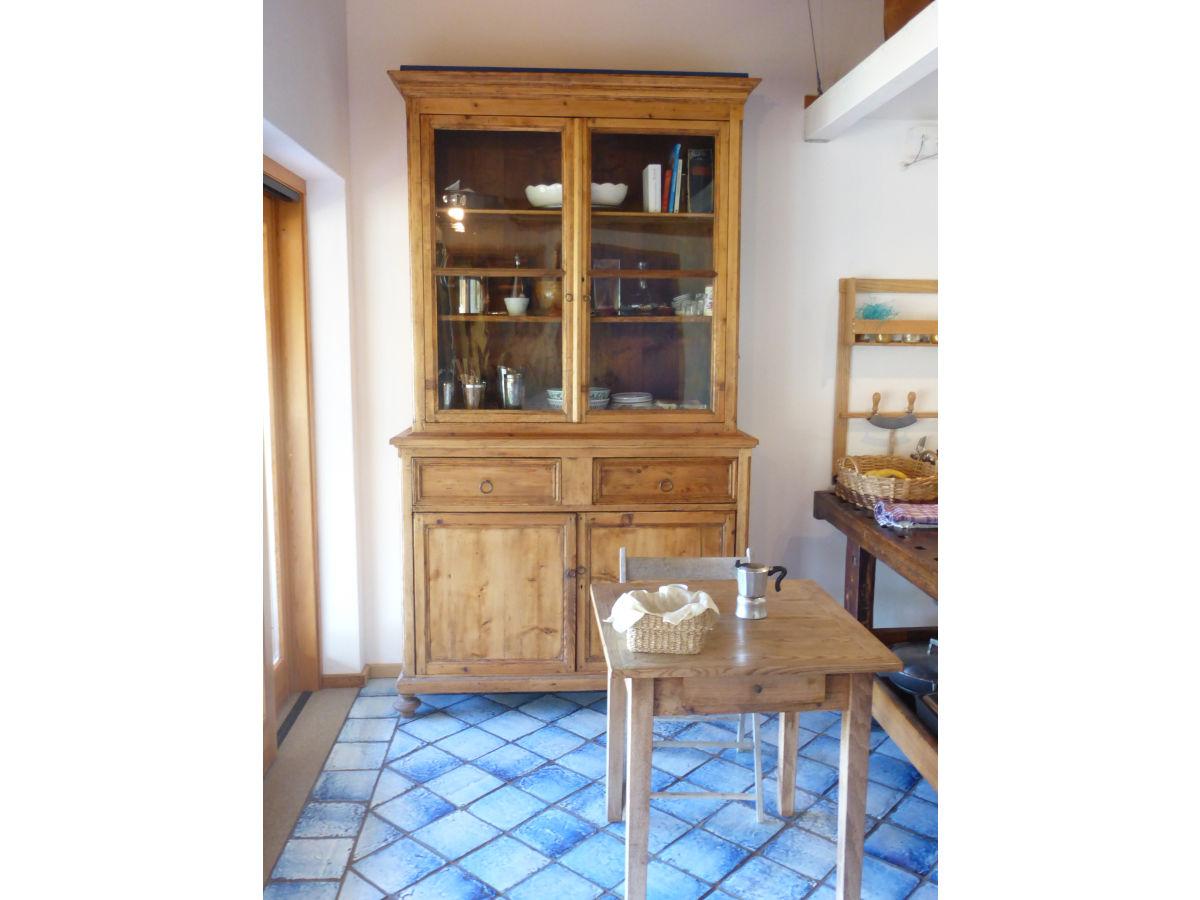 ferienhaus la falconaia portoferraio frau margherita klaus. Black Bedroom Furniture Sets. Home Design Ideas