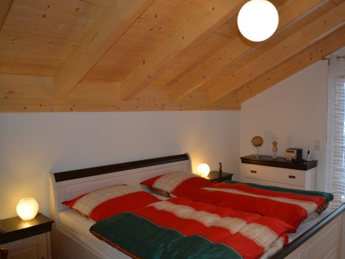 Ferienhaus landhaus doubek chiemgau aschau im chiemgau - Schlafzimmer stefan ...