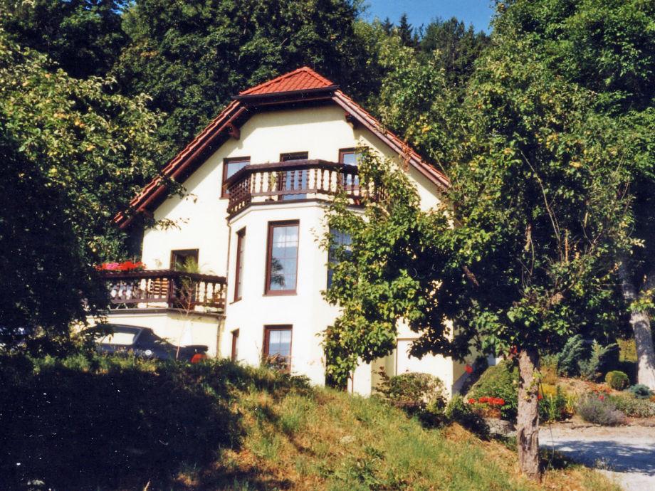 """Außenaufnahme in the valley """"Weingartental"""""""