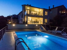 Villa Ira