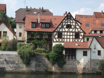 Ferienhaus sonnige Idylle am Flußufer