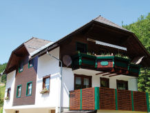 Ferienhaus mit Sauna und Whirlpool in Pichl