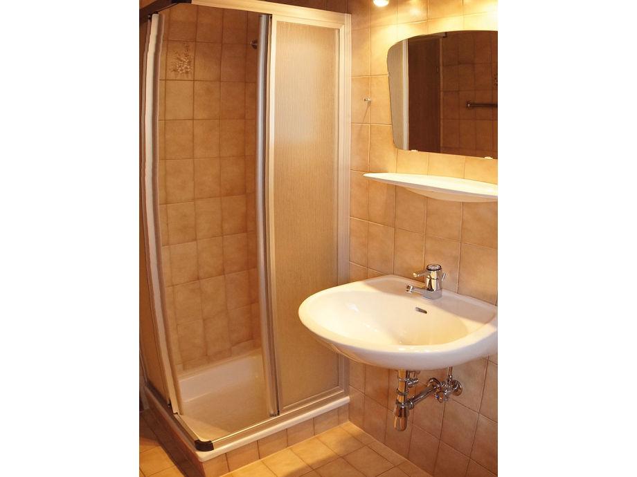 ferienhaus mit sauna und whirlpool in pichl, dachstein-tauern, Hause ideen
