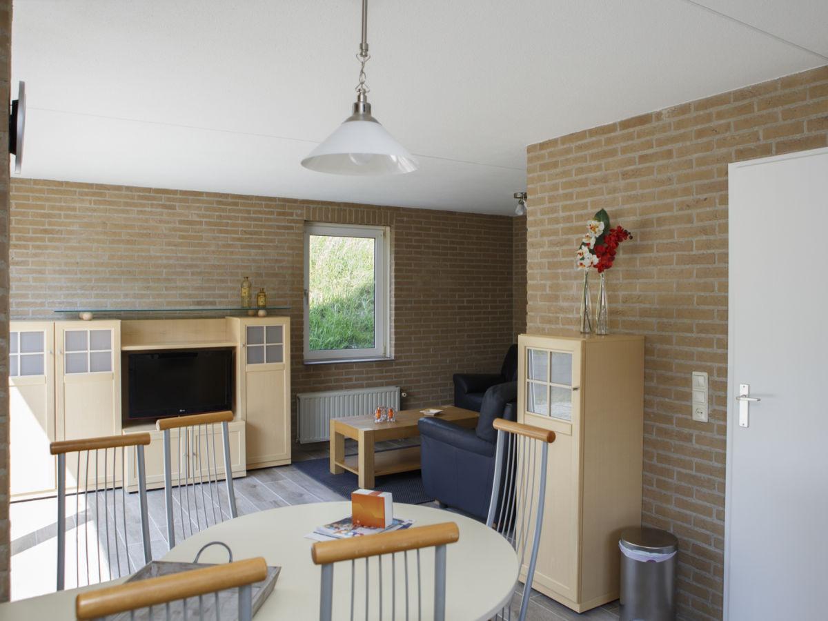Wohnzimmer Sitzecke ~ Surfinser.com