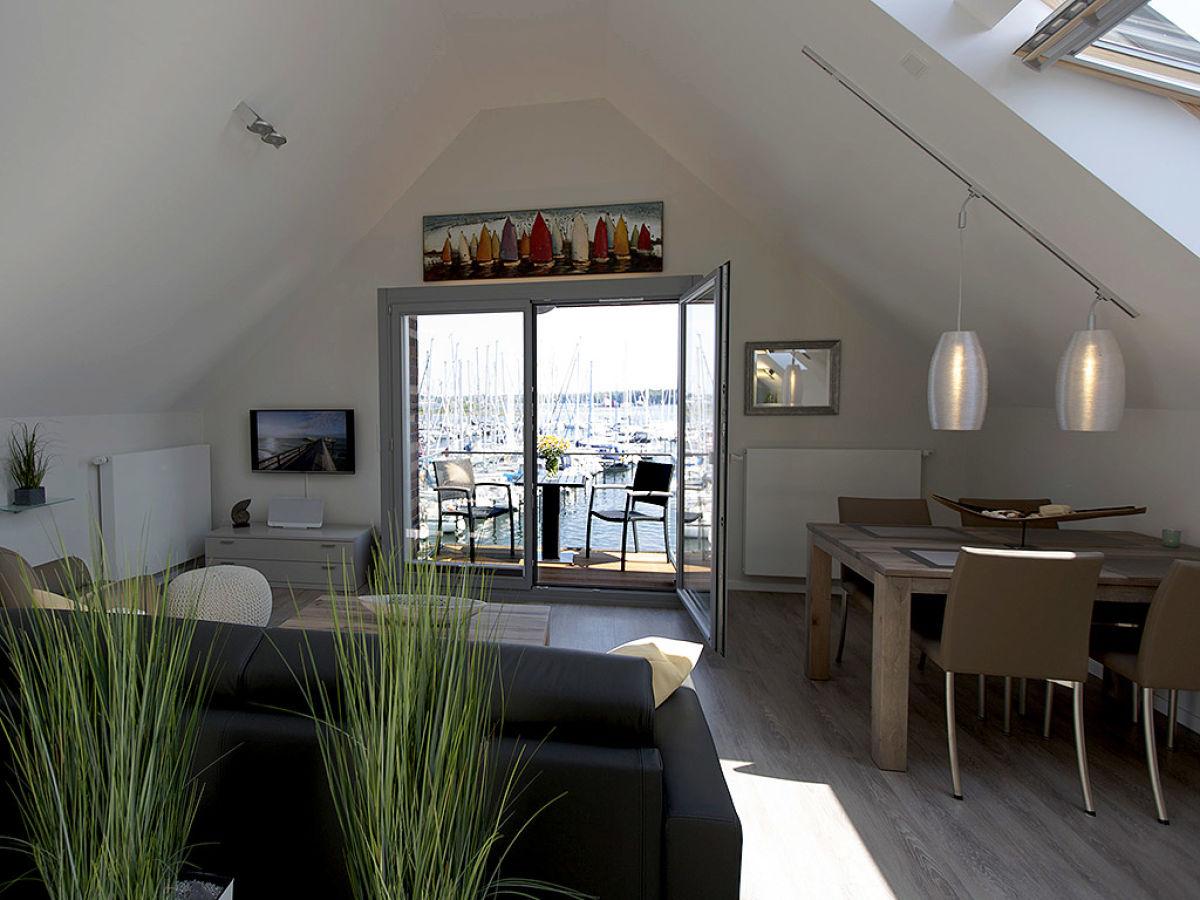 ferienwohnung meerblick im strand resort heiligenhafen. Black Bedroom Furniture Sets. Home Design Ideas