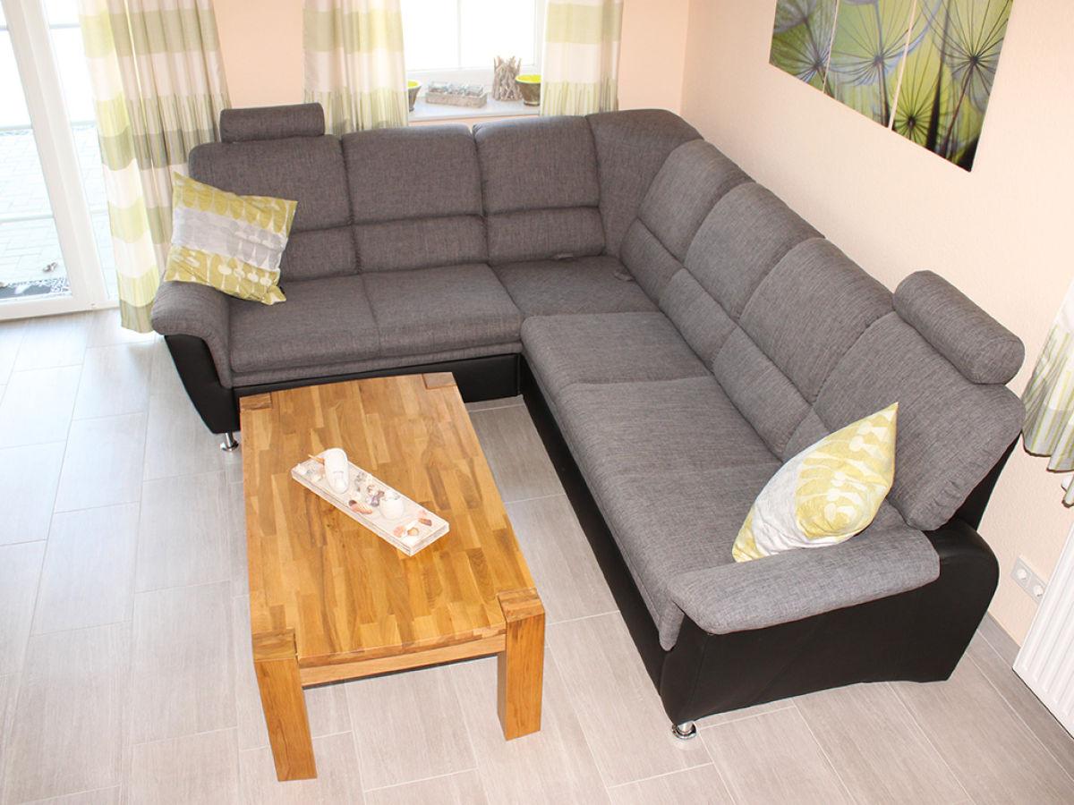 ferienhaus zwaantje eilsum firma ferienwohnungen vermietungsservice lohmann herr karsten lohmann. Black Bedroom Furniture Sets. Home Design Ideas