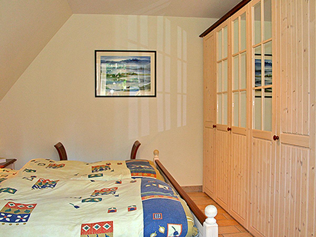 ferienwohnung w9 5 in der waldsiedlung ostsee fischland dar zingst firma prerow online. Black Bedroom Furniture Sets. Home Design Ideas