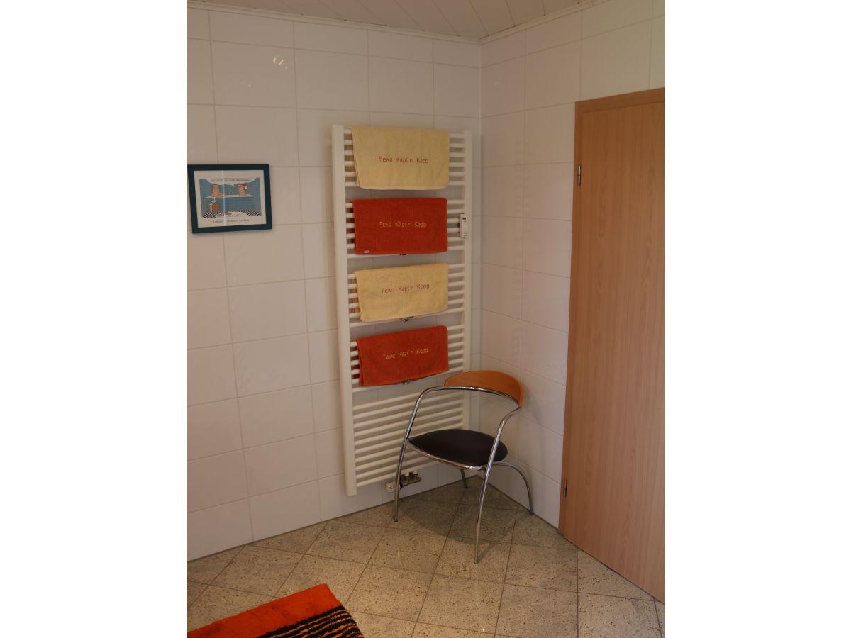 ferienwohnung fewo k pt 39 n kopp cuxhaven frau regina. Black Bedroom Furniture Sets. Home Design Ideas
