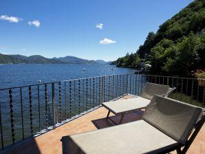 Ferienwohnung La Terrazza Nr. 2 B