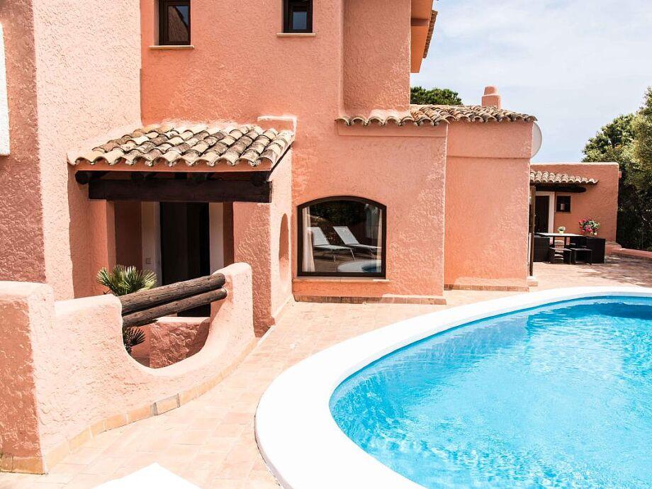 Ferienhaus La Mola mit Pool