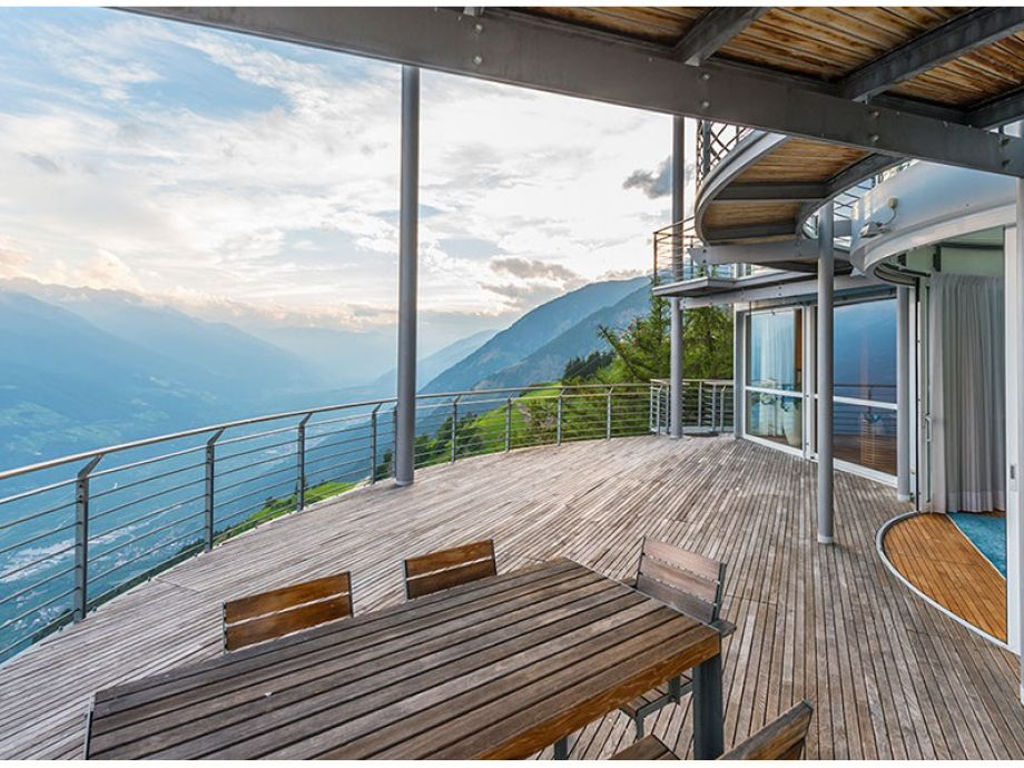 Exklusives Turm-Chalet mit Bergpanorama und Indoorpool, Südtirol ...