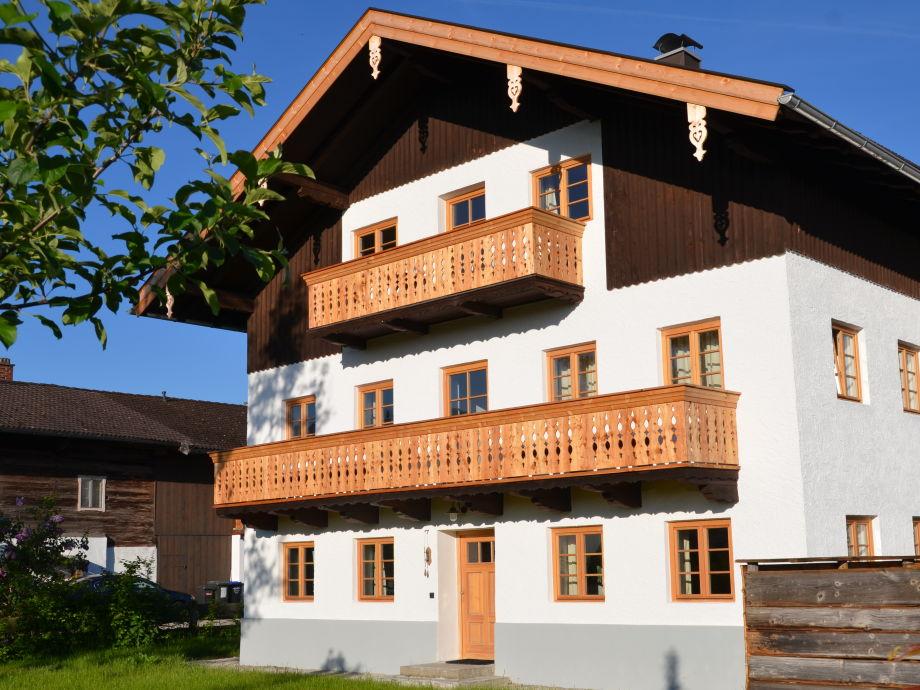 Hauseingang Ost für Wohnung Kneissl