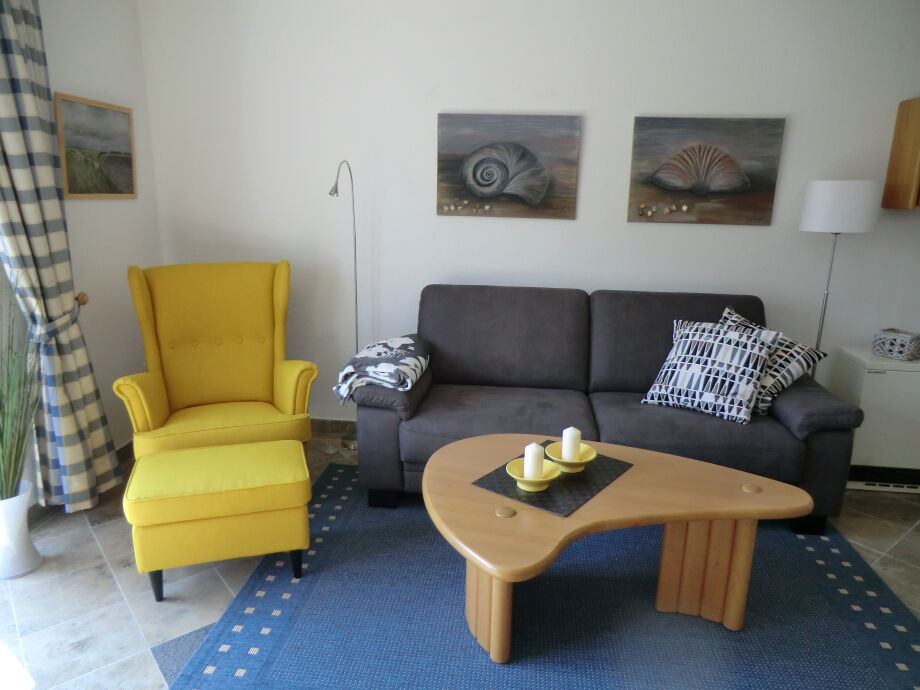 Sessel und Sofa für gemütliche Stunden