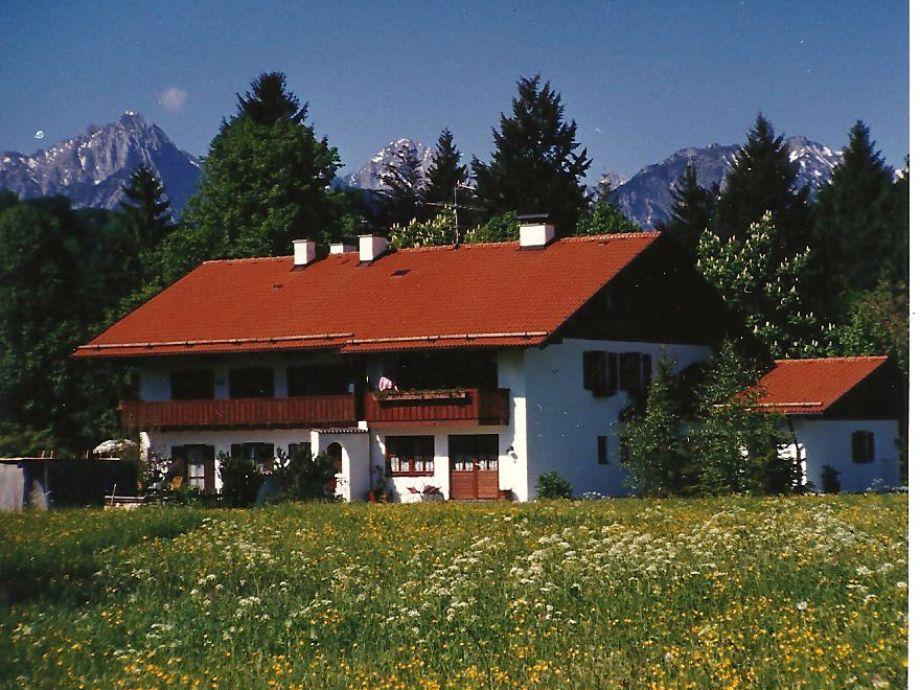 Sicht von Osten mit Tannheimer Bergkette