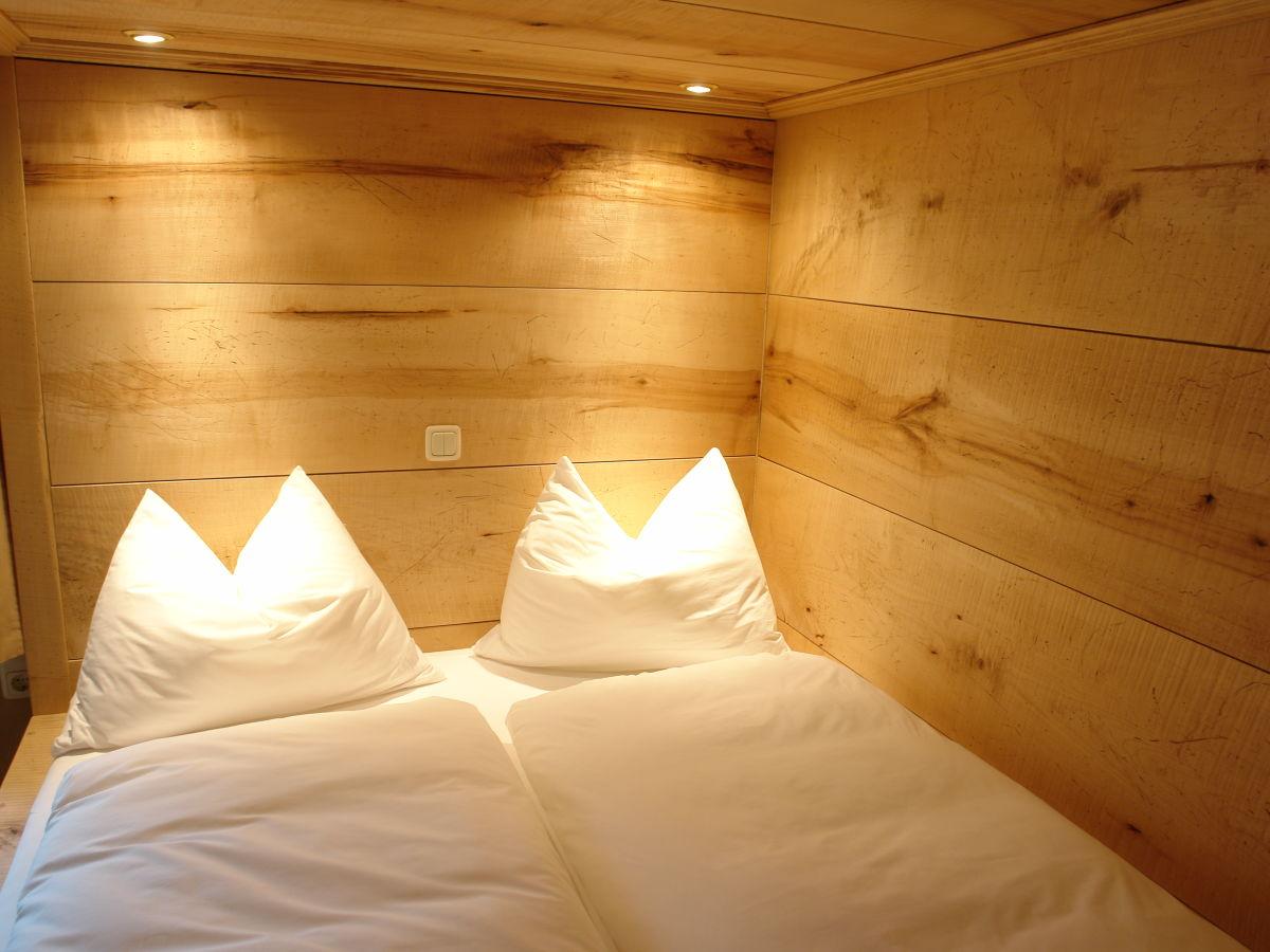 ferienwohnung turm zu schloss schedling chiemsee firma. Black Bedroom Furniture Sets. Home Design Ideas