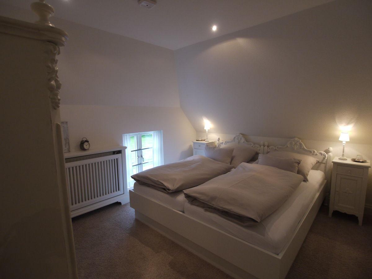 Frisch Schlafzimmer Stockholm ~ Ferienwohnung quot lille weiß feriehus nordfriesland