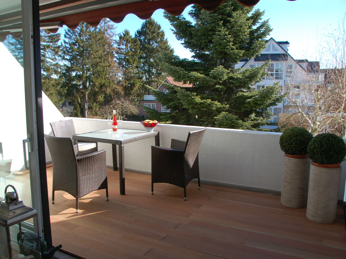 ferienwohnung meer feeling timmendorfer strand lubecker With markise balkon mit wandgestaltung tapete wohnzimmer