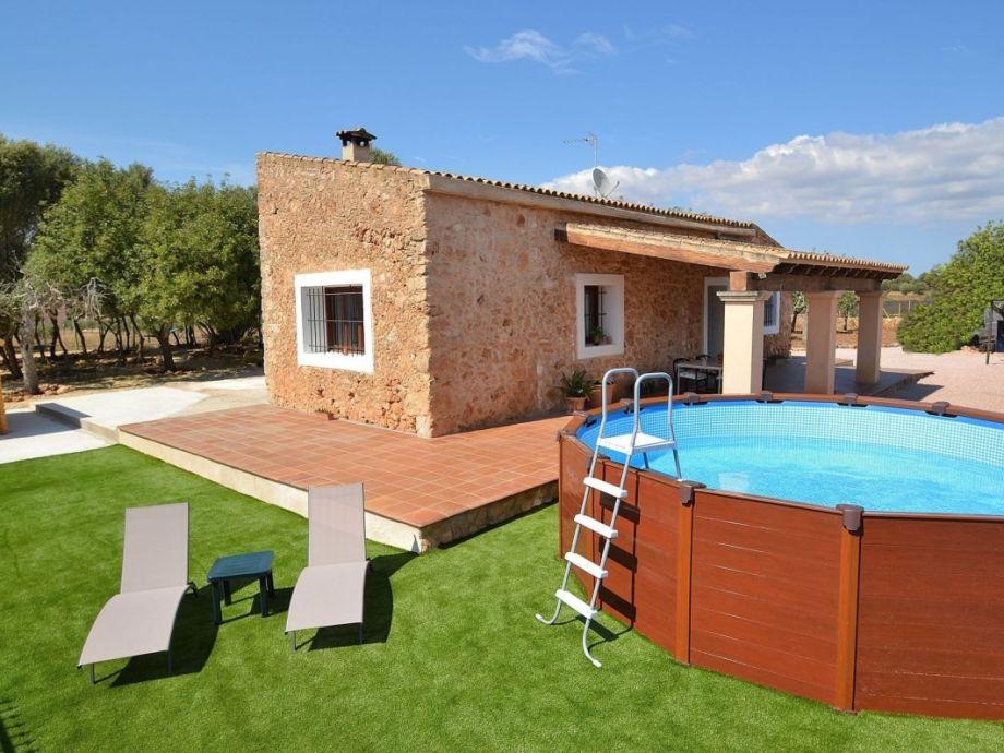 Finca, Terrasse und Pool