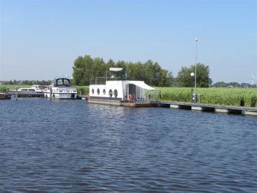 House boat Westeinder