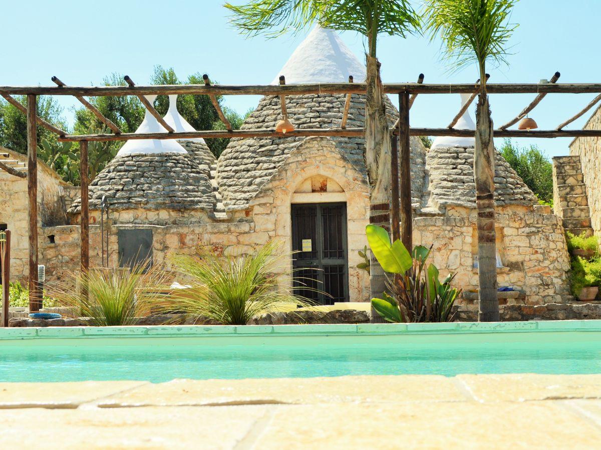 landhaus trullo mit schwimmbad italien apulien salento frau simona zaccagnini. Black Bedroom Furniture Sets. Home Design Ideas