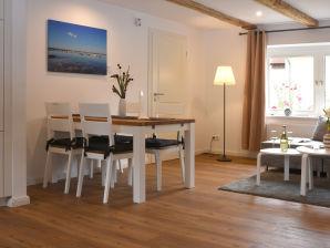 Ferienwohnung Steuerbord im Ostsee Reethus